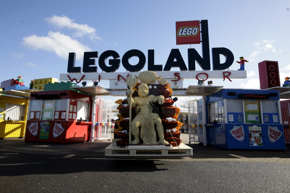 Two men arrested after 'vicious' fight at Legoland Windsor