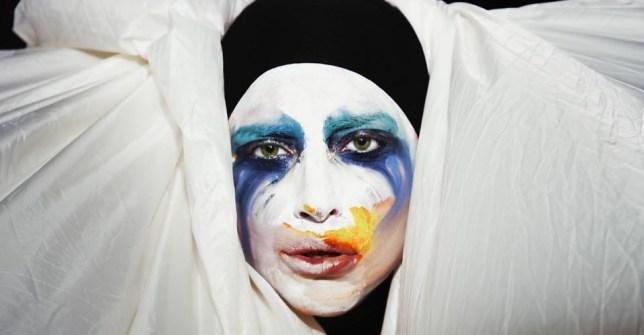 Lady Gaga Applaude video