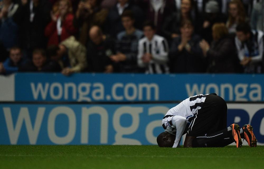 Left-field selection Sammy Ameobi helps Papiss Cisse break his Newcastle scoring duck