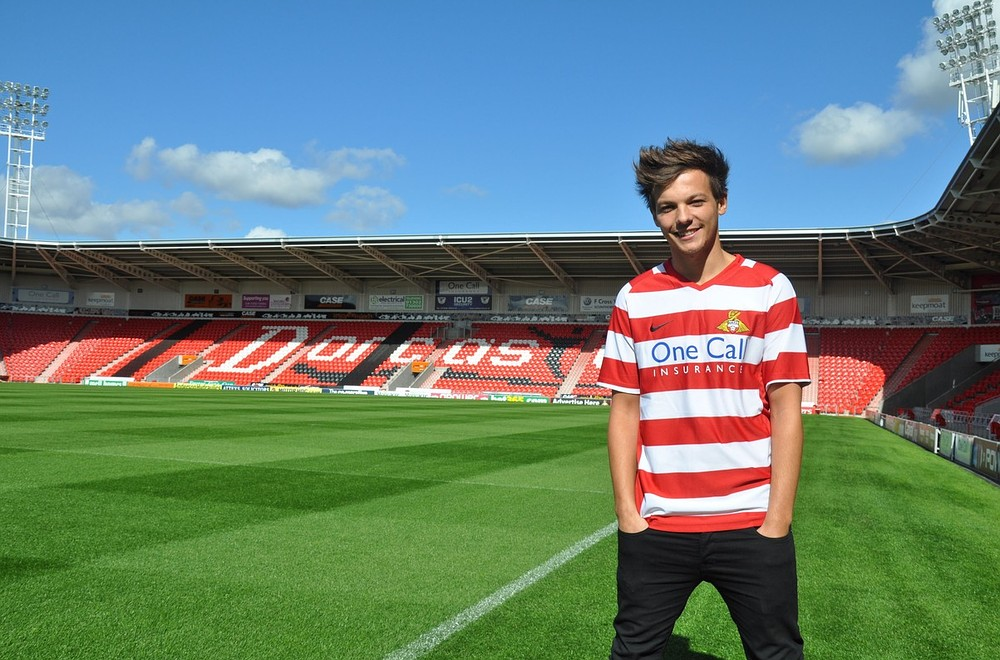 One Direction's Louis Tomlinson to make Doncaster Rovers debut