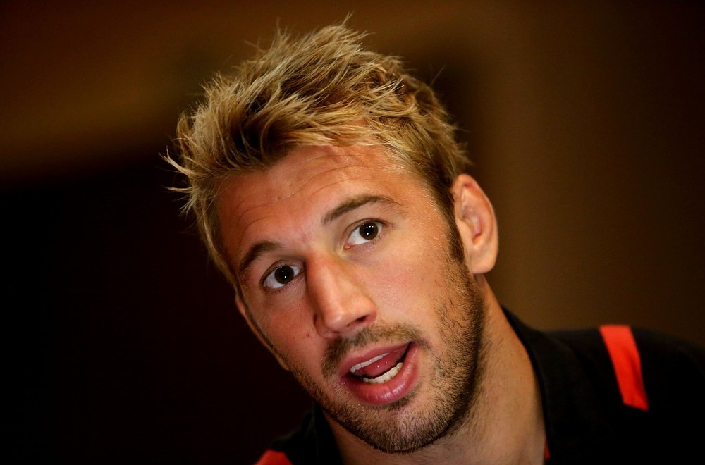 Chris Robshaw puts aside England captaincy debate to focus on Harlequins' opener