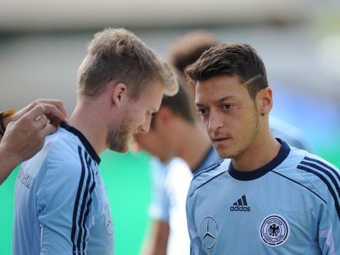 Mesut Ozil could have Arsenal debut delayed after suffering illness