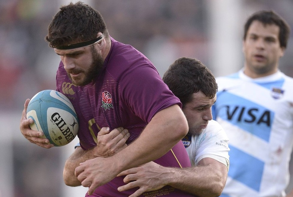 Argy bargy: Webber (L) in action for England against Argentina in Buenos Aires in June (Picture: Getty)