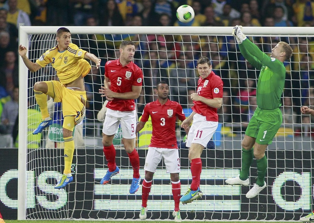 England top Group H after stalemate in Ukraine