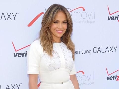 Jennifer Lopez slams plastic surgery claims