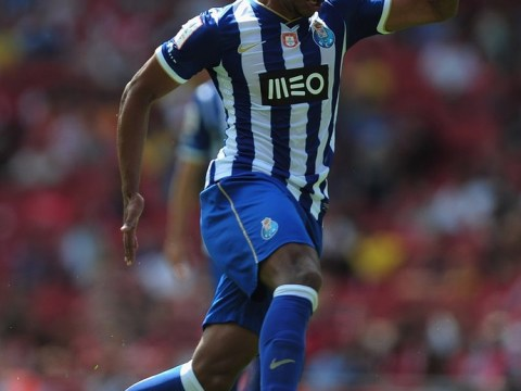 Everton target Fernando rules out leaving Porto on Instagram