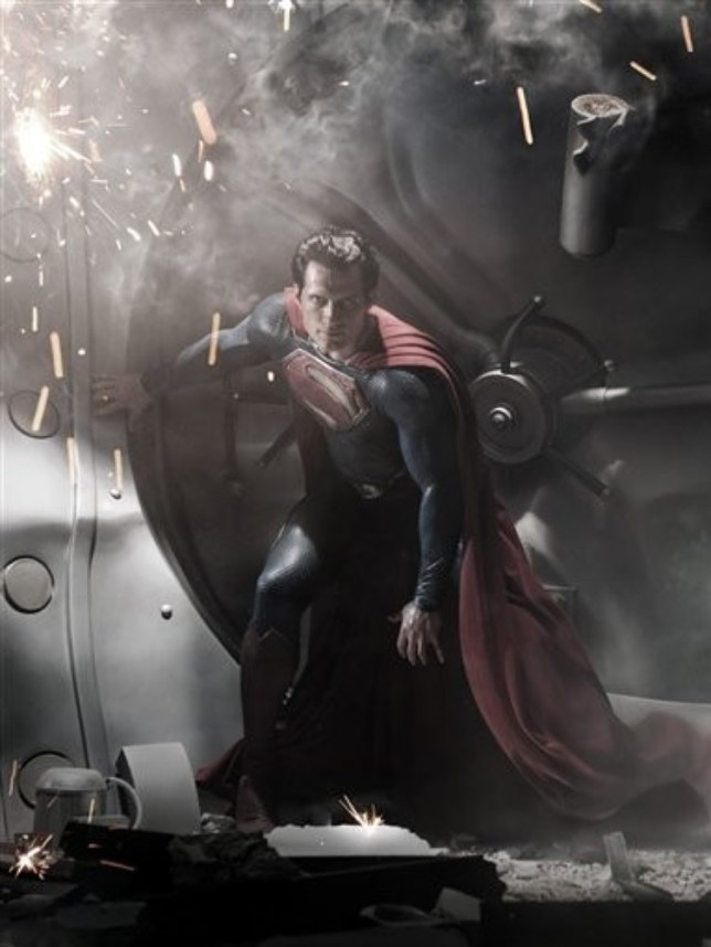Warner Bros are looking for extras to star in Batman v Superman (Picture: AP)