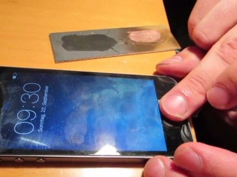 iPhone 5S fingerprint scanner Touch ID already hacked