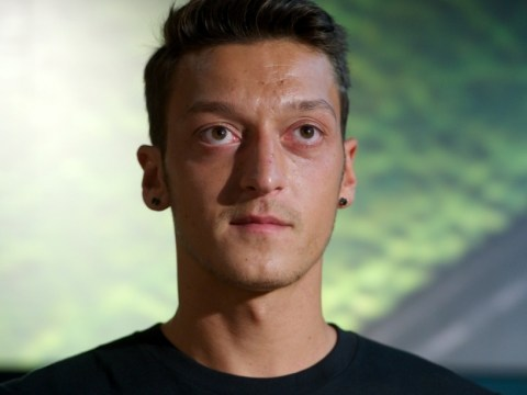 Transfer deadline day: #IfOzilSignsForArsenalIWill trending on Twitter as Arsenal fans anticipate signing of Mesut Ozil