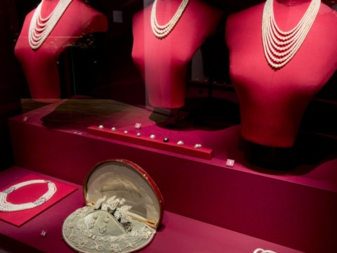 Pearls at the V&A takes a fresh look at the most dazzling of gems