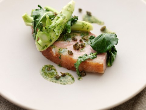How to cook warm buttered ham with English broccoli stalks and fried capers