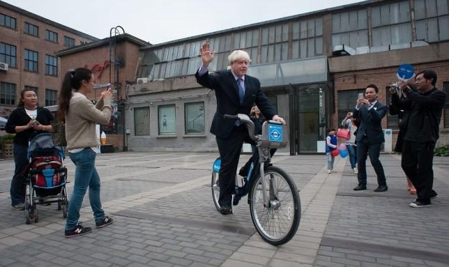 Boris Johnson wants to ban cyclists from wearing headphones