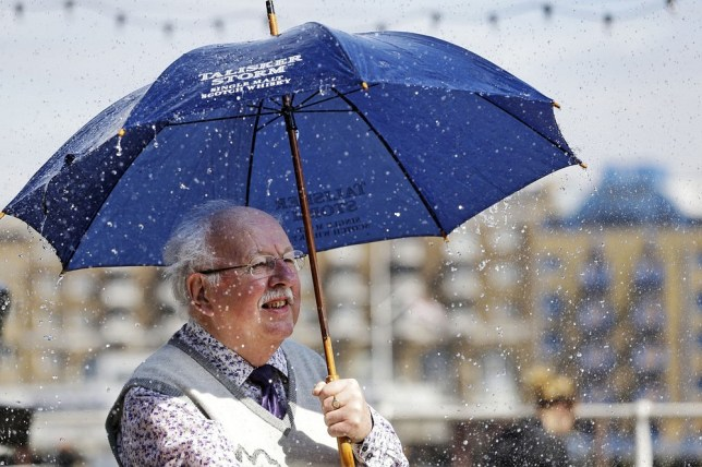 It's OK to take morning off work if storm hits – Michael Fish says so