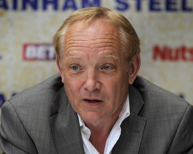 Frank Maloney has managed world champions such as Lennox Lewis (Picture: Getty Images)