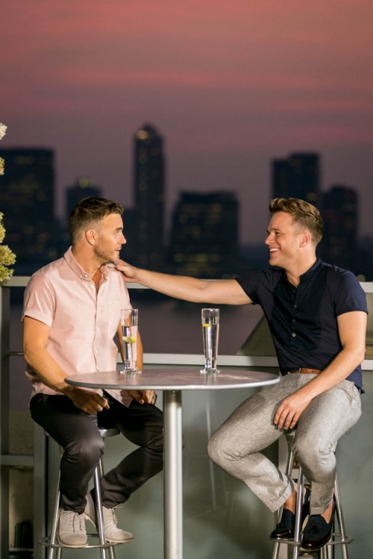 ITV undated handout photo of Gary Barlow and Olly Murs speaking during the Judges Houses edition of this year's X Factor. PRESS ASSOCIATION Photo. Issue date: Wednesday October 2, 2013. See PA story SHOWBIZ XFactor. Photo credit should read: Tom Dymond/ITV/PA Wire NOTE TO EDITORS: This handout photo may only be used in for editorial reporting purposes for the contemporaneous illustration of events, things or the people in the image or facts mentioned in the caption. Reuse of the picture may require further permission from the copyright holder.