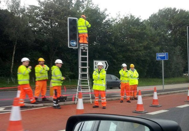 Seven workers needed to change A30 light bulb near Cranbrook, Devon