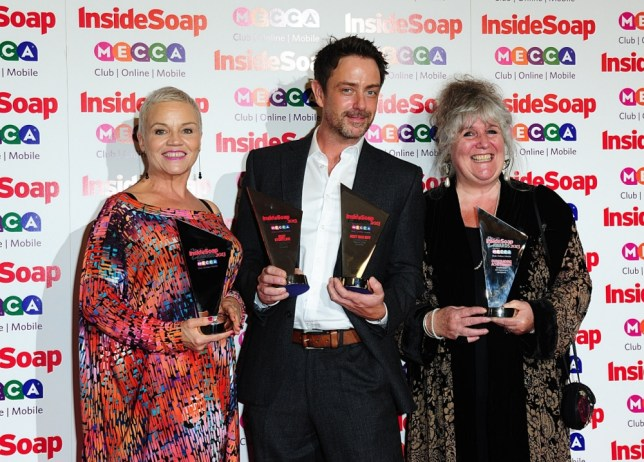 (left to right) Lesley Dunlop, Dominic Power and Jane Cox with the 'Best Soap' award, at the 2013 Inside Soap Awards, Ministry of Sound, London. PRESS ASSOCIATION Photo. Picture date: Monday October 21, 2013. See PA story SHOWBIZ Soap. Photo credit should read: Ian West/PA Wire