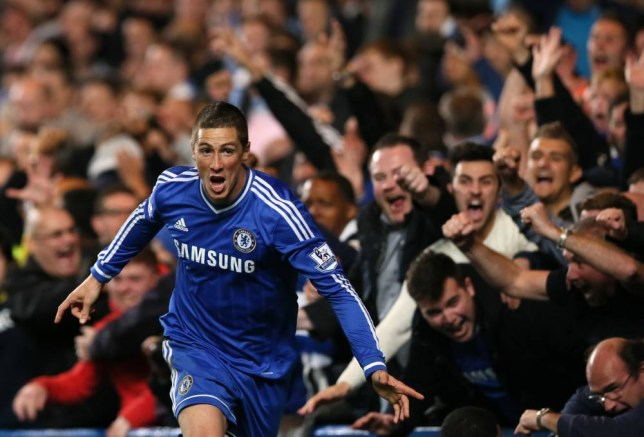 Chelsea's Fernando Torres celebrates after scoring the winning goal during the English Premier League soccer match between Chelsea and Manchester City at Stamford Bridge stadium in London, Sunday, Oct.  27, 2013. Chelsea won the match 2-1.(AP Photo/Alastair Grant)