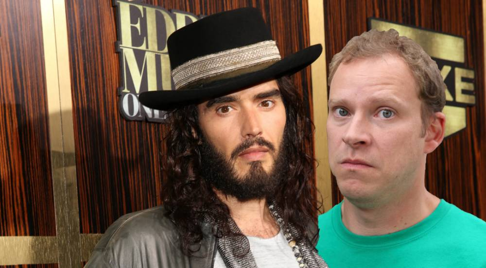 Russell Brand criticises Robert Webb's Oxbridge education as 'revolution' war of words continues