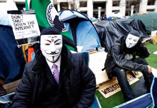 Pepper spray Occupy police officer gets £25,000 compensation for 'trauma'