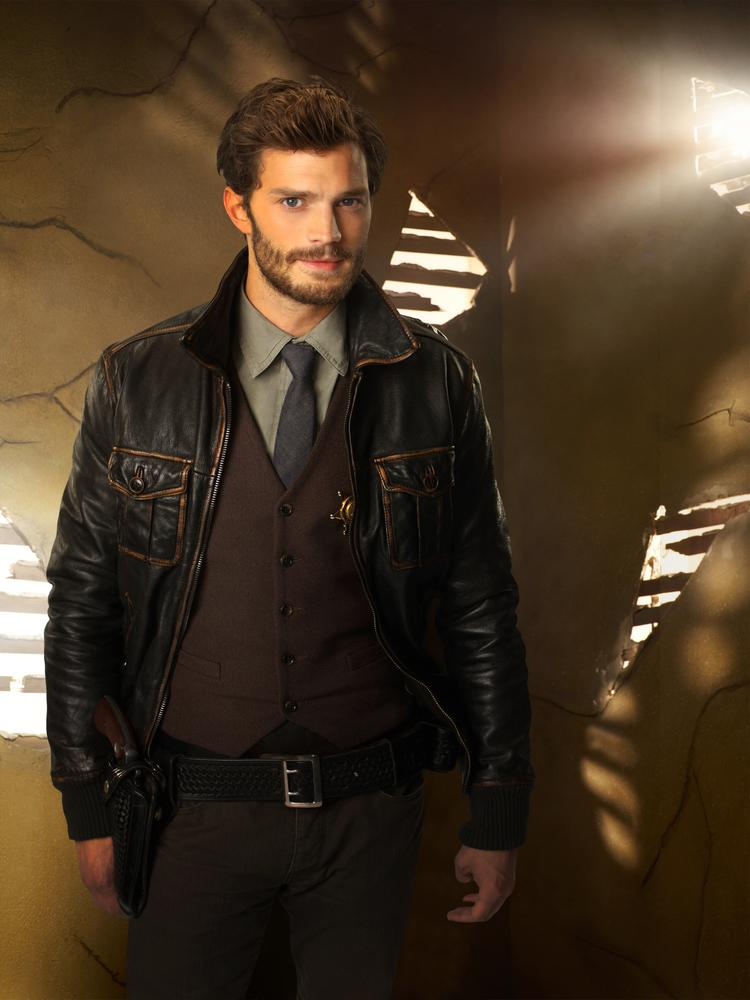 Why Jamie Dornan is a better choice than Charlie Hunnam for Christian in Fifty Shades of Grey movie