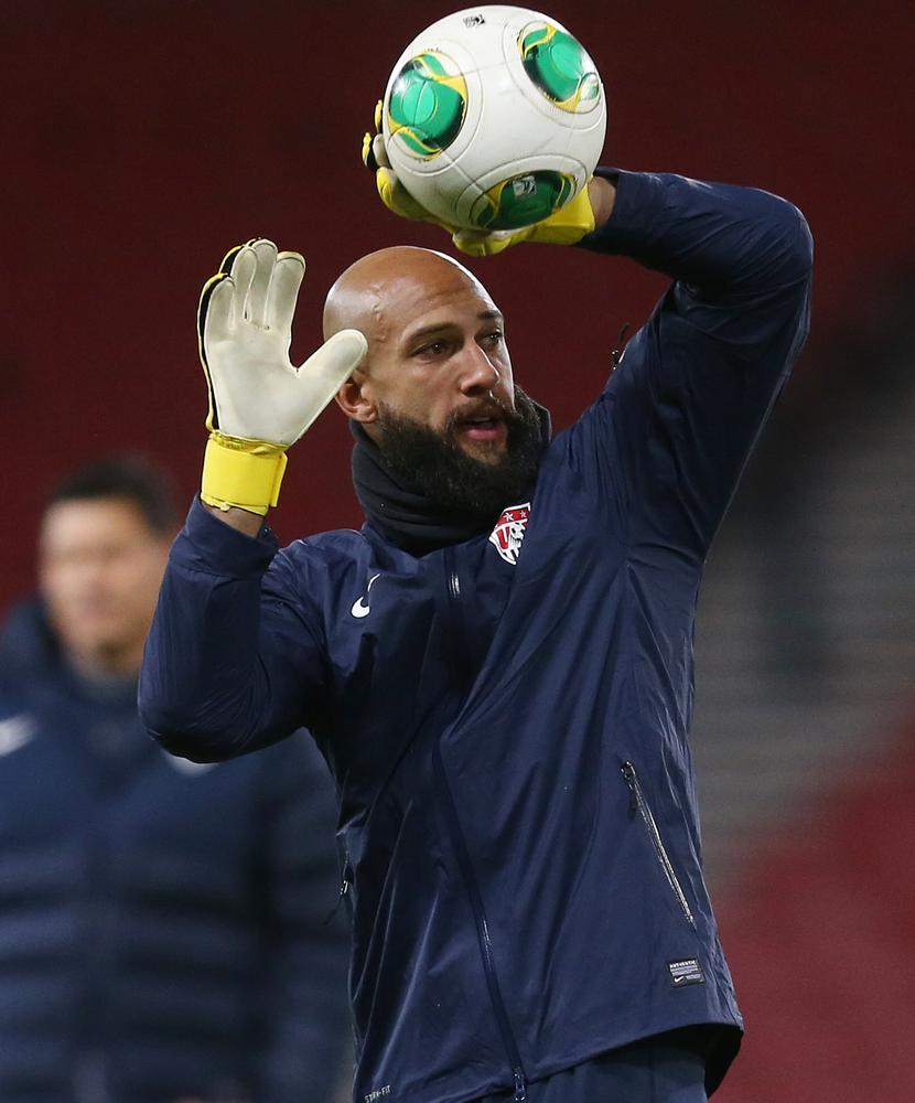 Tim Howard aiming to silence 'chirpy' team-mate Steven Naismith