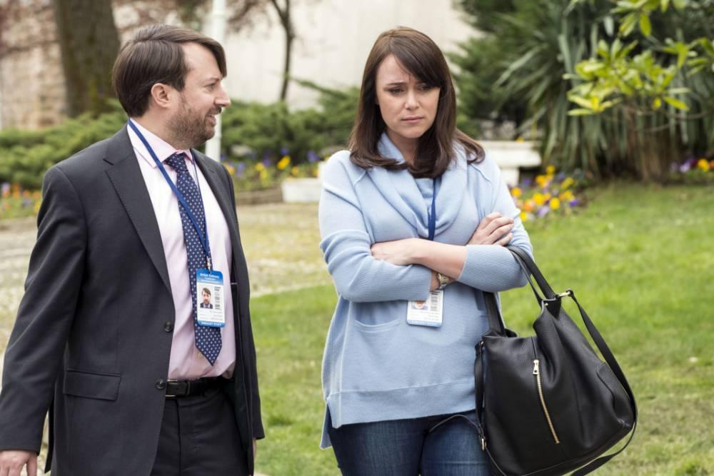 Ambassadors, Film 2013, Too Fat To Fly: TV picks