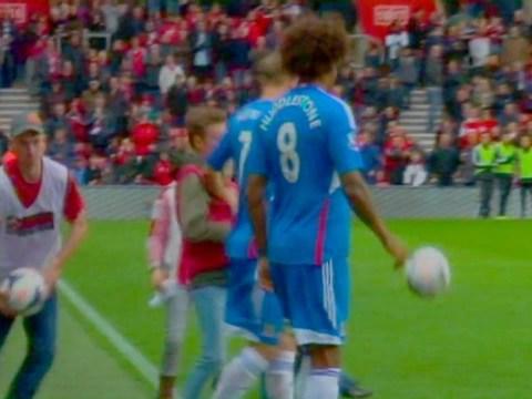 Hull's David Meyler proves party pooper in kids' half-time relay – video