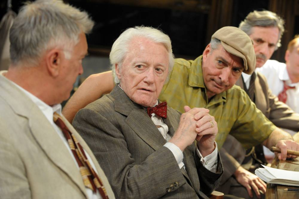 Revival of Twelve Angry Men at the Garrick is a bit of a trial