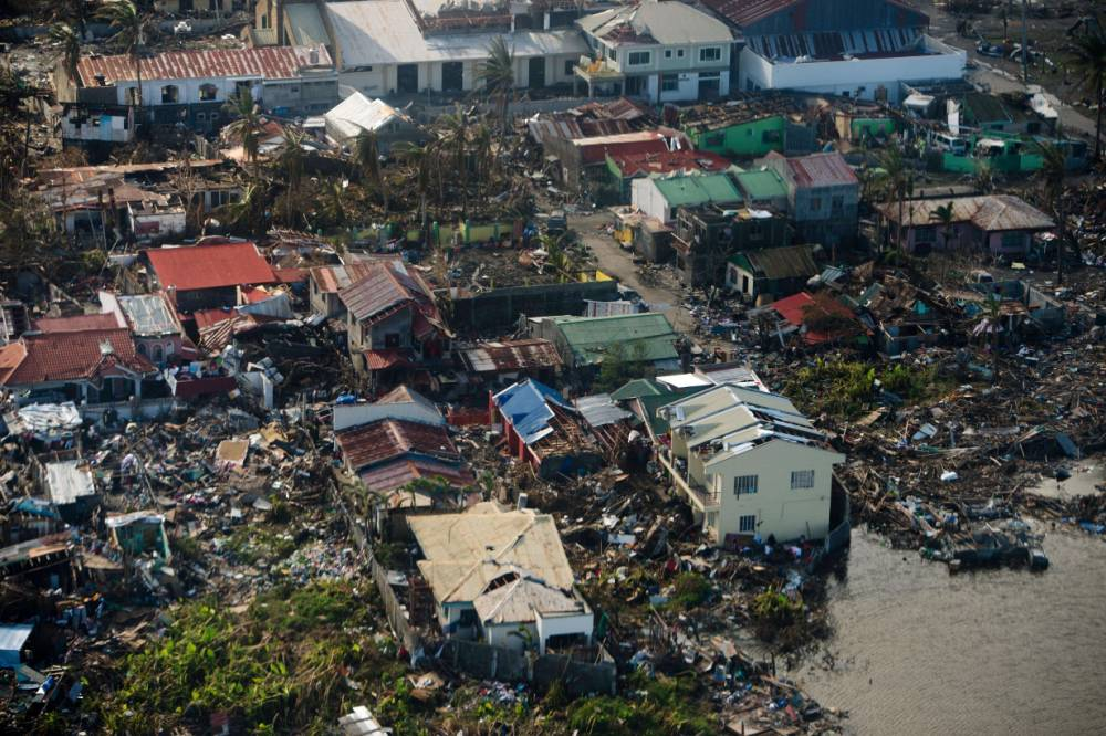 Gallery: Typhoon Haiyan clear-up continues – November 16 2013
