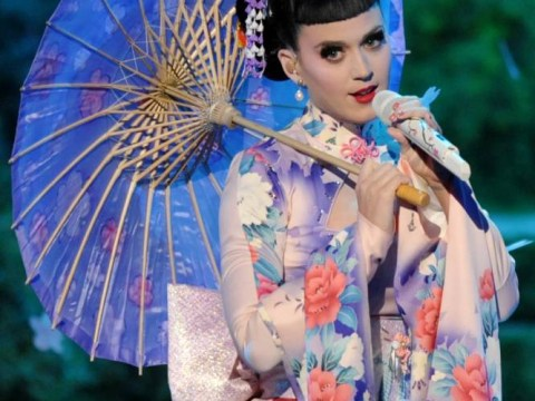 Katy Perry accused of 'racism' after AMA geisha performance