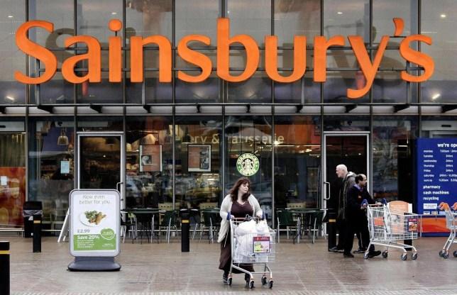 Sainsbury's in pun-filled Twitter exchange with customer @TeaAndCopy