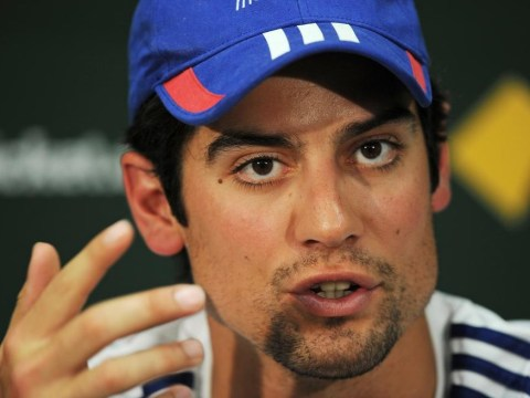 The Ashes 2013-14: Alastair Cook admits he's received help from predecessor Andrew Strauss to combat pressures of captaincy