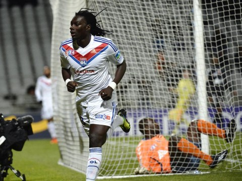 Tottenham eye cut price deal for Lyon striker Bafetimbi Gomis