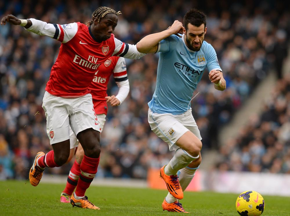 Bacary Sagna hints he could be prepared to move from Arsenal in January