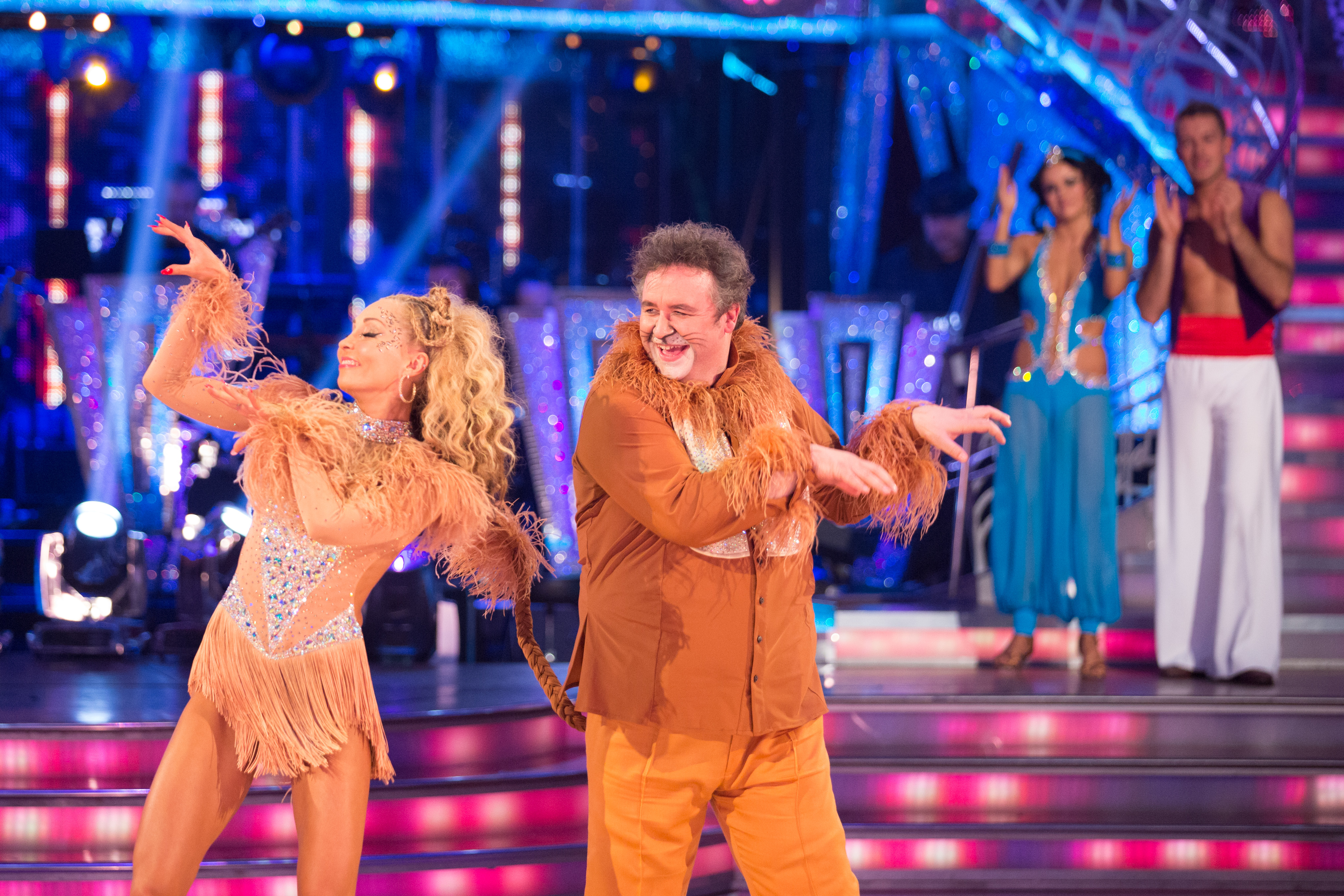 Strictly Come Dancing 2013, Sunday's results show – no surprises as Mark Benton leaves