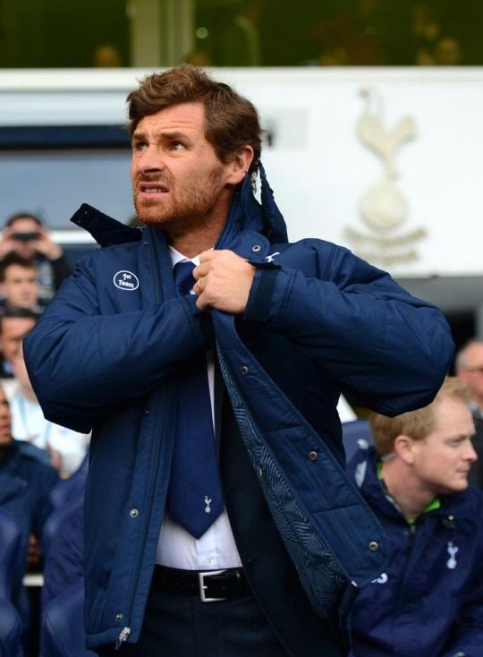 LONDON, ENGLAND - DECEMBER 01: Andre Villas-Boas manager of Tottenham Hotspur adjusts his coat during the Barclays Premier League Match between Tottenham Hotspur and Manchester United at White Hart Lane on December 1, 2013 in London, England. Michael Regan/Getty Images