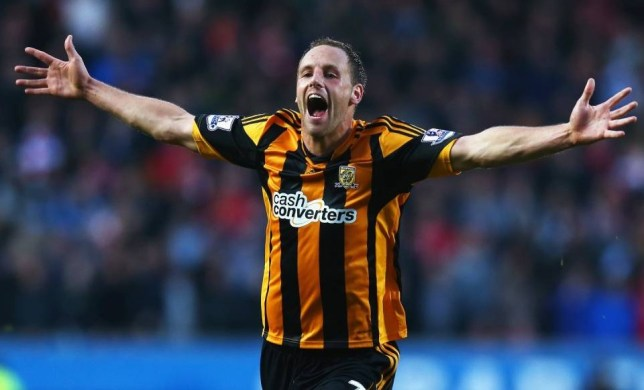 HULL, ENGLAND - DECEMBER 01:  David Meyler of Hull City celebrates scoring his team's second goal during the Barclays Premier League match between Hull City and Liverpool at KC Stadium on December 1, 2013 in Hull, England.  (Photo by Matthew Lewis/Getty Images)