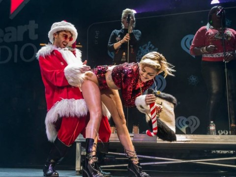 What does Miley Cyrus have at Christmas? Best new cracker joke revealed