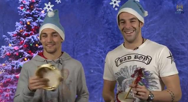 Jesus Navas and Alvaro Negredo fail at Spanish Christmas song