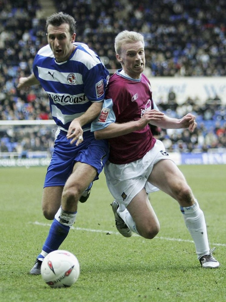 Luke Chadwick (right), West Ham, is challenged by Reading's Glen Little. READING Vs WEST HAM UNITED (3-1) Coca Cola League Championship, Madejski Stadium, Reading, Berkshire.