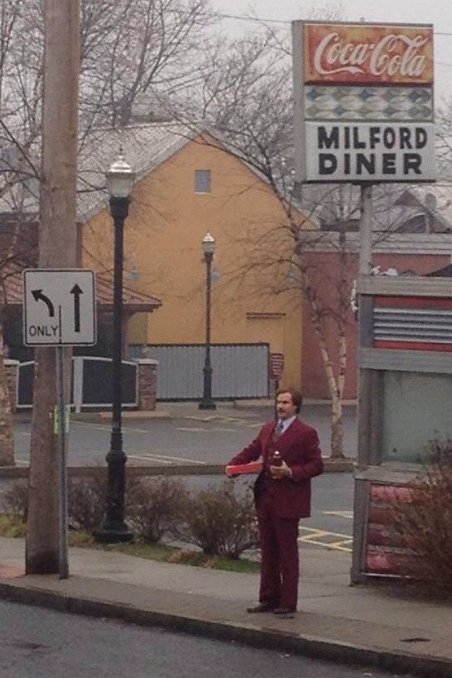 Ron Burgundy carries donuts and a 40 ounce beer in the Reddit picture (Picture: VacationJasom)