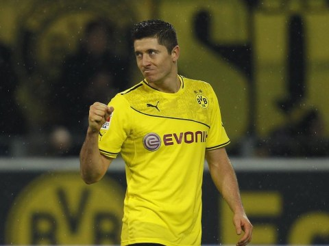 Robert Lewandowski snubs Manchester United and Chelsea to sign five-year Bayern Munich deal