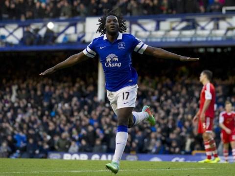 Everton striker Romelu Lukaku leaves boss Roberto Martinez fearing the worst