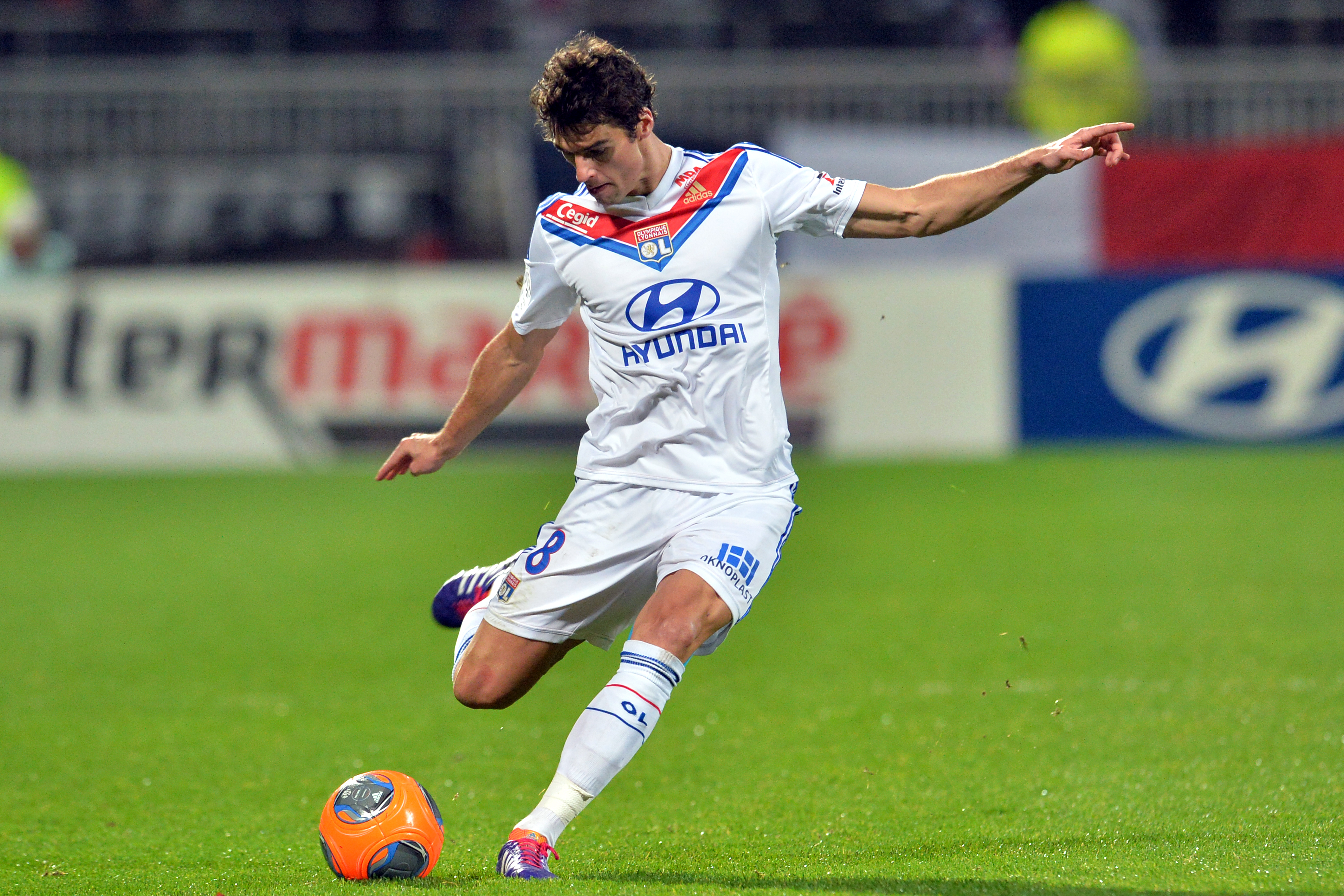 Arsenal target Yoann Gourcuff in talks with 'big club' over January transfer