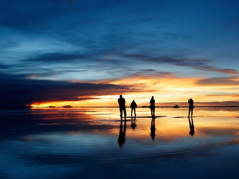 Gallery: Dakar Rally 2014 cross the spectacular salt flats of Salar De Uyuni, Bolivia