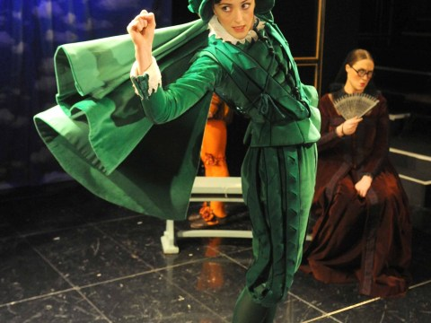 Don Gil Of The Green Breeches has worrying bouts of 'nonnying'