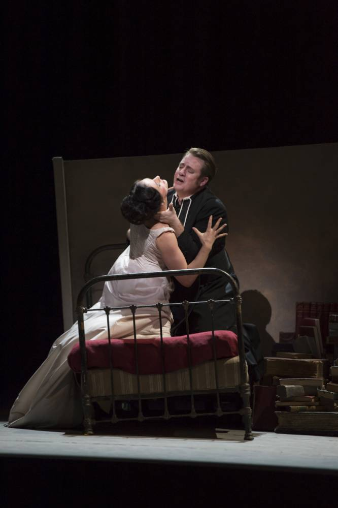 Manon hits the right note at Covent Garden