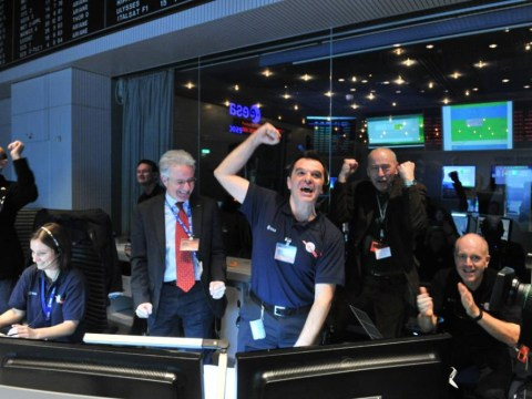 Rosetta spacecraft says 'hello world' after ESA completes successful wake-up call