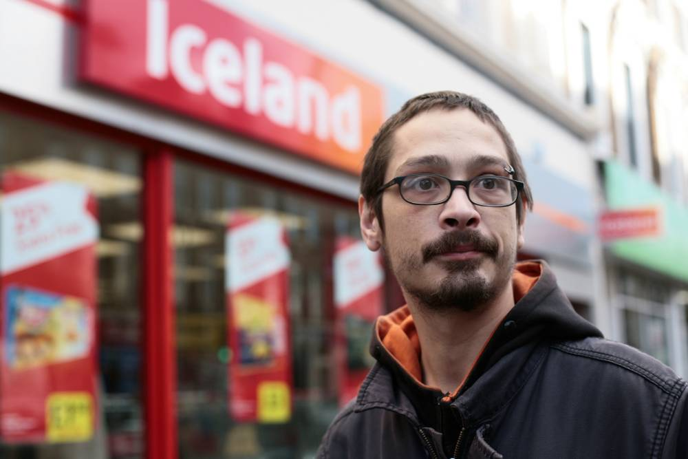 Charges dropped against three men who took food from Iceland skip